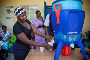 lifestraw-community-water-filter-in-use